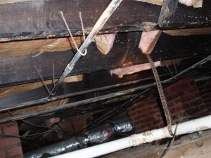 crawlspace joists